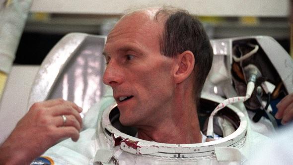 Gerhard Thiele, ESA-Astronaut aus Deutschland, beim Training. Bild: NASA