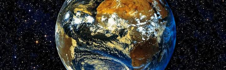 Die Erde im Blick. Satelliten liefern viele wichtige Informationen über unseren Planeten. Bild: DLR, Eumetsat