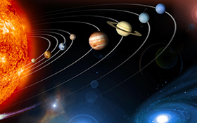 Das Sonnensystem. Bei dieser Darstellung wurden Aufnahmen verschiedener Sonden zu einem Bild kombiniert. Natürlich stimmen die Abstände nicht (in Wirklichkeit müssten die Planeten bei der hier gezeigten Größe viel weiter voneinander entfernt sein). Bild: NASA/JPL