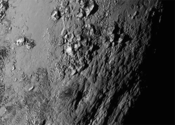 Pluto aus der Nähe. Bild: NASA/JHUAPL/SWRI