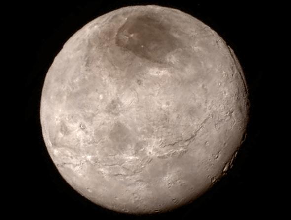 Dieses Foto zeigt den Pluto-Mond Charon, aufgenommen am 13. Juli – also vor dem Nahe-Vorbeiflug. Bild: NASA/JHUAPL/SWRI