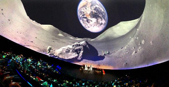 Eines von vielen Highlights: DLR_Raumfahrt_Show in der experimenta (Heilbronn). Bild: DLR