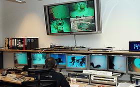 Im Kontrollraum für das Schwerelosigkeitstraining. Bild: ESA, DLR
