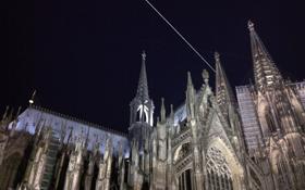 Und hier die ISS über dem Kölner Dom. Bild: Henning Krause (CC-BY-SA 3.0)