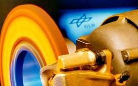 Hier eine Bremsscheibe, die das DLR mit dem Know-how aus der Raumfahrt entwickelt hat. Bild: DLR