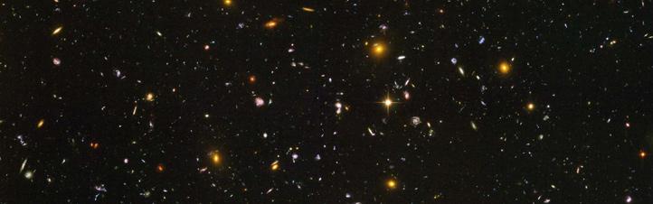 Gibt es weit von uns entfernt Galaxien aus Antimaterie? Ein Experiment auf der Internationalen Raumstation ISS soll diese Frage untersuchen. Bild: NASA, ESA, STScI