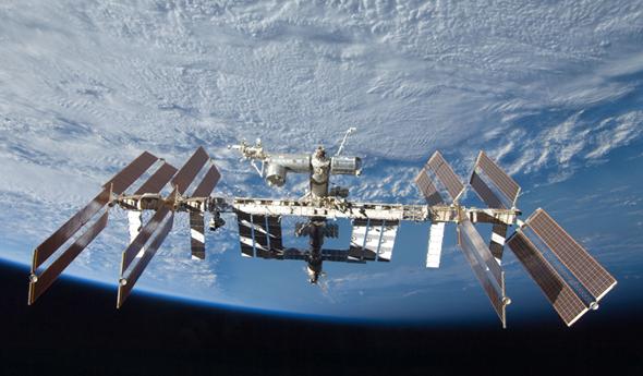 Die Internationale Raumstation – in gewisser Weise auch eine Zeitmaschine. Bild: NASA