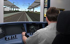 In dieser Simulationsanlage testen Wissenschaftler des DLR neue Assistenzsysteme für den Schienenverkehr. Bild: DLR