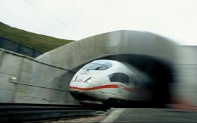 Hochgeschwindigkeitszug im Tunnel. Bild: Deutsche Bahn AG, S. Warter