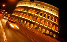 Rom – hier im Bild das Kolosseum – war lange Zeit der Mittelpunkt eines großen Straßennetzes. Bild: Photos.com