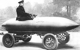 Dieses Elektro-Auto erreichte im Jahr 1899 eine Geschwindigkeit von mehr als 100 Kilometer pro Stunde. Das war damals ein Rekord!