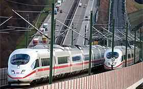 Forscher des DLR arbeiten daran, die Züge noch umweltfreundlicher und leiser zu machen. Bild: BMU (H.-G. Oed)