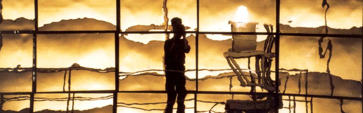 Auf diesem Bild spiegelt sich der Fotograf in den riesigen Spiegeln eines Solar-Kraftwerks. Bild: DLR