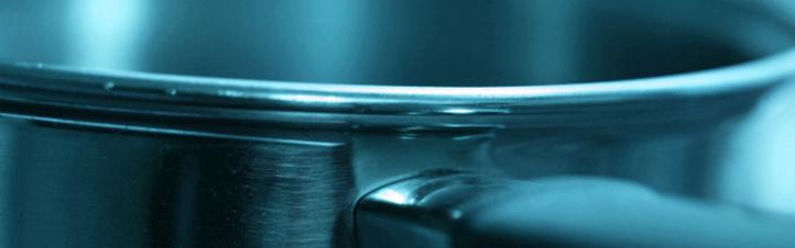 """Auch beim Kochen spielt der """"Wirkungsgrad"""" eine Rolle – je höher er ist, desto schneller kocht das Wasser. Bild: Photos.com"""