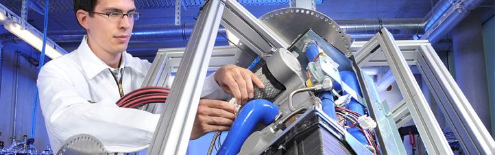 Schon bald sollen Brennstoffzellen auch in Kraftwerken eingesetzt werden – die Forscher arbeiten daran. Bild: DLR
