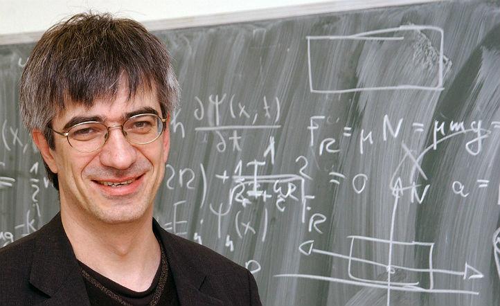 """Prof. Metin Tolan – bekannt für seine """"kultigen"""