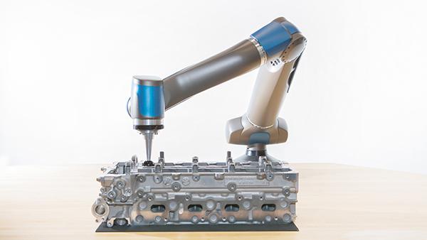 Roboterarm SARA mit Moterblock