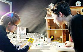Stromverbrauchsmessung am Fotovoltaik-Haus. Bild: DLR