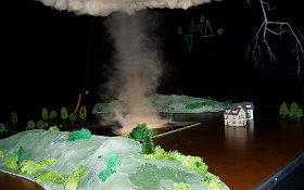 Zerstörerischer Tornadoschlauch. Quelle: DLR (CC-BY 3.0).