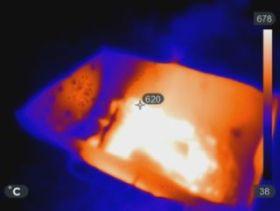 Aufnahme eines Feuers mit einer Wärmebildkamera im Rahmen der Messkampagne