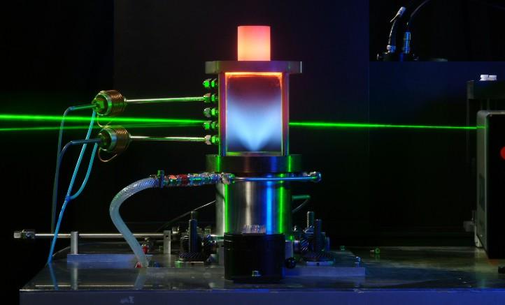 Lasermessung: Messung von Temperatur- und Teilchenverteilung in Strömungen. Bild: DLR (CC-BY 3.0)