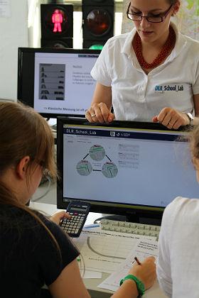 Mittels Rechner und Simulationen kann die Verkehrsführung vor der praktischen Umsetzung getestet und optimiert werden. Bild: Technische Sammlungen Dresden