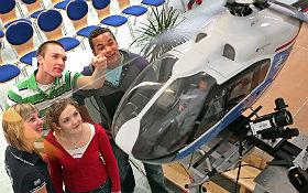 Wie fliegt ein Hubschrauber eine Kurve? Bild: DLR