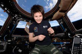 Astronautin Samantha Cristoforetti auf der ISS. Bild: ESA