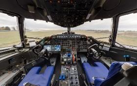 Cockpit eines Flugzeugs. Bild: Alexander Scharnweber (DLR)