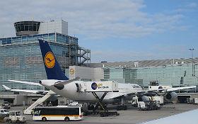 Wie kommt eigentlich das Langstreckenflugzeug zum Frankfurter Flughafen? Credit: DLR