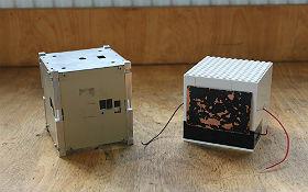 Nach erfolgreicher Konstruktion eures eigenen Satelliten könnt ihr in einer physikalischen Messreihe überprüfen, ob euer Thermoelektrischer Generator genug Strom für den Betrieb liefert. Bild: Technische Sammlungen Dresden