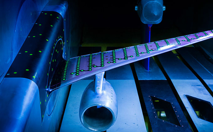 Aeroelasticity test in a windtunnel. Image: DLR
