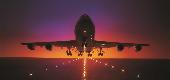 Warum können Flugzeuge abheben und fliegen? In Windkanalversuchen findet ihr es heraus. Credit: ESA